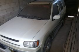 Infiniti QX4 2004