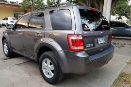 Ford, Escape | 2010