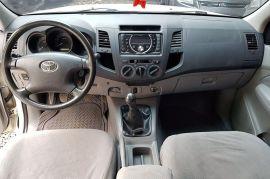 Toyota, Hilux | 2011