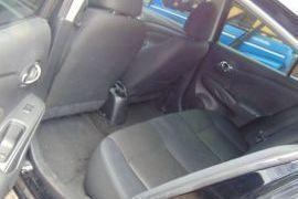 Nissan, Versa   2013