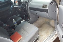 Nissan, Frontier   2004