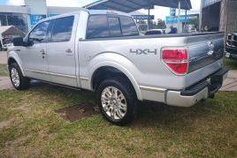 Ford, F-150 Platinum   2010
