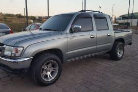 Toyota, Hilux | 2004