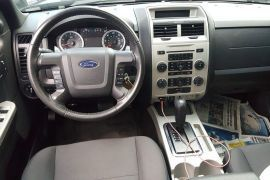 Ford, Escape XLT | 2011