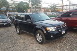 Ford, Escape XLT | 2009