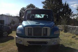 Freightliner   2005