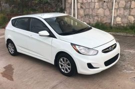 Hyundai, Accent | 2012