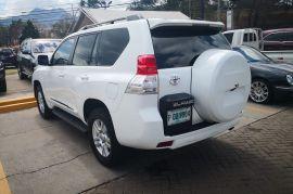 Toyota, Prado VX   2010