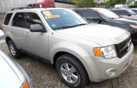 Ford, Escape | 2009
