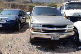 Chevrolet, Suburban | 2000