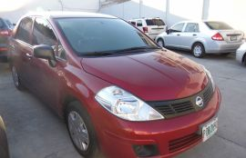 Nissan, Tiida | 2013
