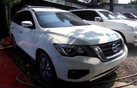 Nissan, Pathfinder   2017