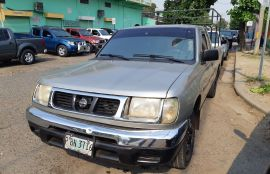 Nissan, Frontier | 1999
