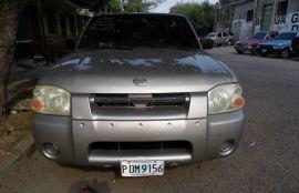 Nissan, Frontier   2002