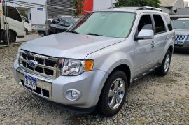 FORD ESCAPE  LIMITED DVD 4WD 2012