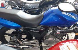 Suzuki, EN 125-2A | 2017