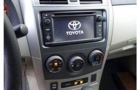 Toyota, Corolla LE   2013