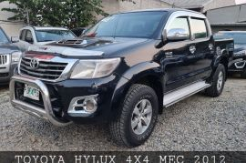 TOYOTA HILUX SR-V 4X4 2012