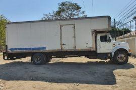 INTERNACIONAL Camión Modelo 4900