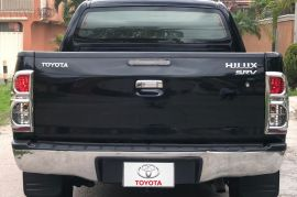 Toyota, Hilux | 2013