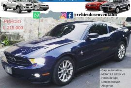 FORD MUSTANG AÑO 2011