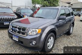 FORD ESCAPE  4WD XLT 2010